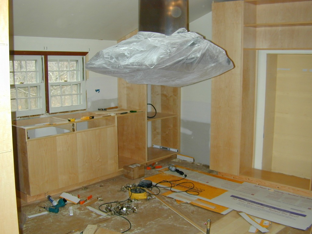 begin install 1024x768 A Thoroughly Modern Kitchen