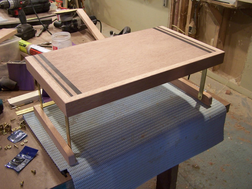 tray 1 1024x768 A Bar inside the Closet
