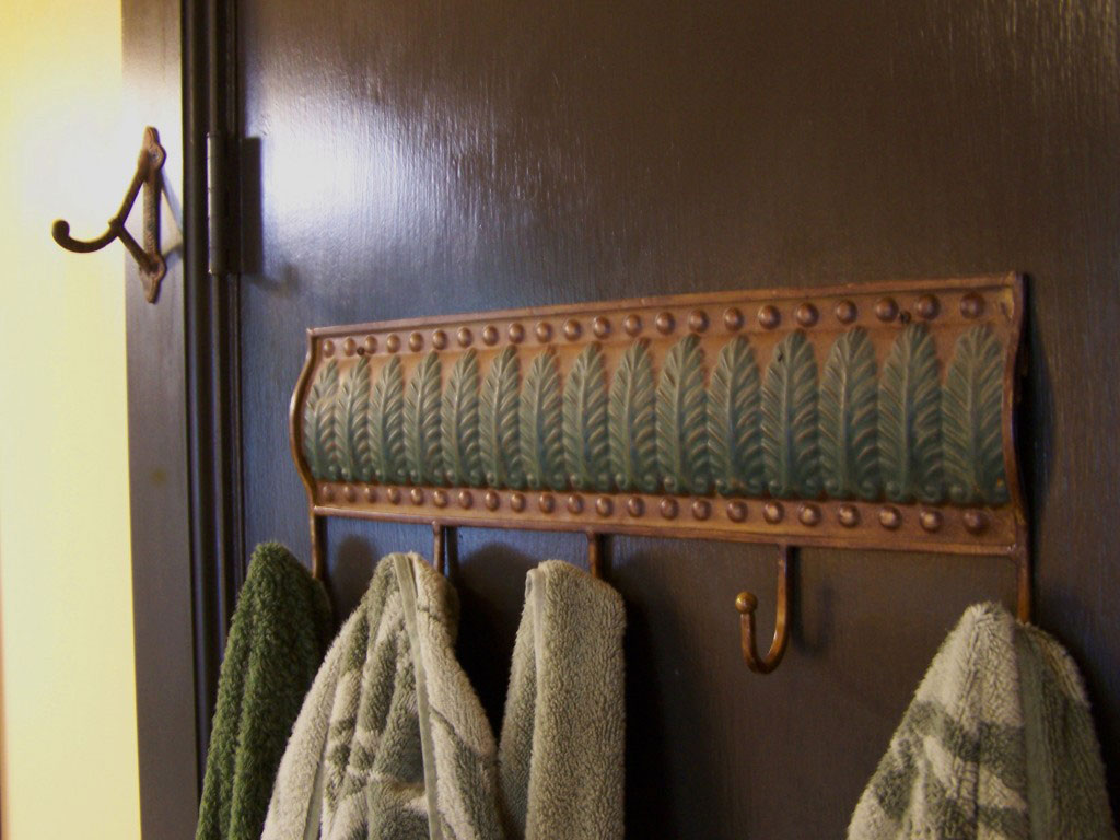 hooks2 1024x768 A Cabinetmaker's Bathroom